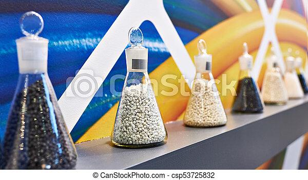 מגורען, פולימר, פלסטיק - csp53725832